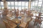Restaurant River View